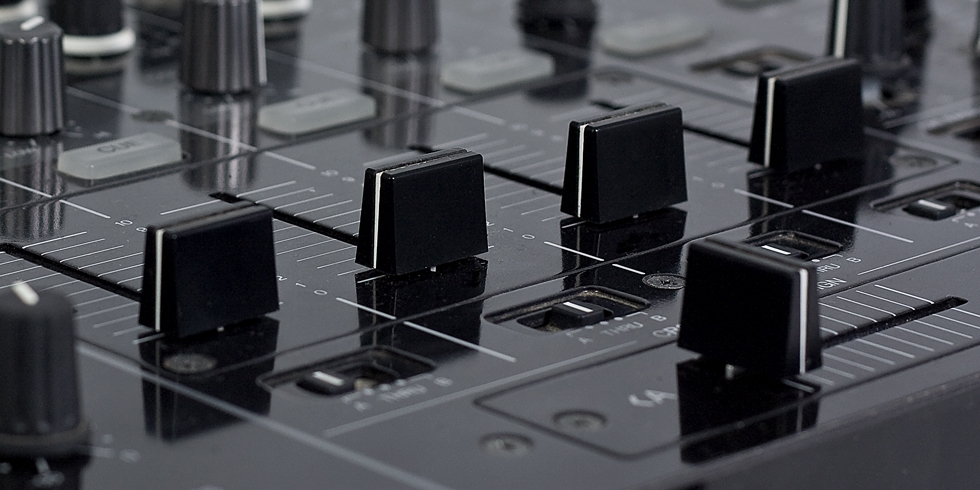 Audio Source provides a wide array of professional DJ equipment
